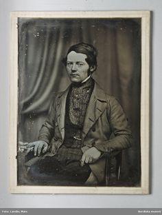 Self-portrait by the daguerreotypist Johan Wilhelm Bergström (1812-1881) . Whole plate daguerreotype, c. 1850 DigitaltMuseum