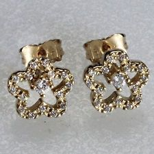 14k yellow gold and round white CZ flower shape push back earrings 14kt Lot 228