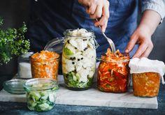 """Fermentoitu ruoka - """"Mutta mitä fermentoitu ruoka on ja miksi sen ajatellaan olevan terveellistä? Lue lisää tästä artikkelista."""" (Tasapainoavatsalle.fi)"""