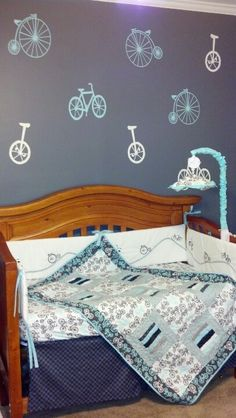 Bicycle nursery #bedding #quilt #baby