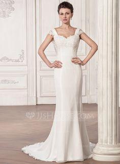 Trumpet/Mermaid Sweetheart Court Train Chiffon Wedding Dress With Ruffle Appliques Lace (002056985)