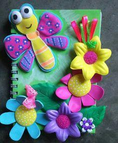 Cuaderno libélula con flores decorado en foami Diy Paper, Paper Art, Paper Crafts, Scrapbook Journal, Diy Scrapbook, Crafts For Kids, Arts And Crafts, Diy Backpack, Scrapbook Embellishments