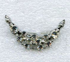 Vtg 1950s Crescent Clear Rhinestone Small Pot Metal Brooch Pin #NotSigned