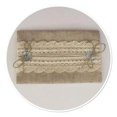 ETUI A MOUCHOIRS LIN ET DENTELLE AVEC RUBAN SATIN : Etuis, mini sacs par marsanna-creations