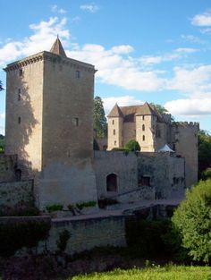 Limousin, Photo Chateau, Tu Me Manques, Photos Voyages, Royal Palace, Couches, Old Town, Mount Rushmore, Medieval