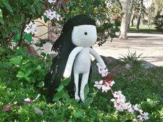 Estrella Bonita: http://estrellabonitaknit.blogspot.com.es/2016/05/my-doll-alejandra.html