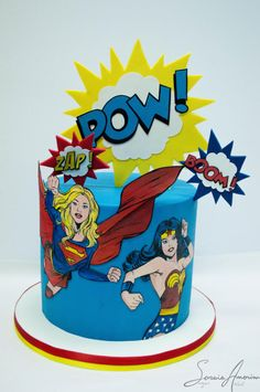 Girls power cake by Soraia Amorim