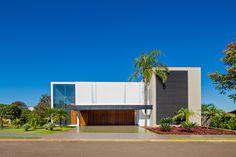 Casa Jabuticaba / Raffo Arquitetura