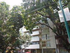 Amplio Departamento, 107 m2, 2 Recamaras con closet, 2 Banos completos, Sala / Comedor, Estancia (area de TV), Cocina integral (Equipada), area de lav...