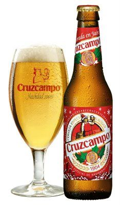 Cruzcampo bien fresquita Spanish Beer, Spanish Olives, Spanish Meals, Spanish Food, Personalized Pint Glasses, Beers Of The World, Road Trip Games, Cheap Cruises, Best Disney Movies
