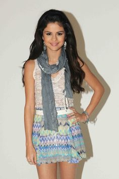 really really want this!! it is my favorite outfit from the dream out loud collection!!