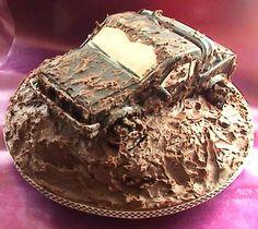 Muddin' truck. Birthday cake for Dan?