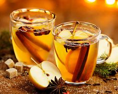 Diet Plans : Illustration Description How Does Apple Cider Vinegar Diet works To Lose Weight Fast Apple Cider Vinegar Diet has been an excellent choice over the years! You can cut your extra pound by drinking this super drinks. Ponche Navideno, Winter Drink, Apple Cider Vinegar Diet, Healthy Snacks, Healthy Recipes, Healthy Nutrition, Chocolate Caliente, Hot Toddy, Drink Recipes