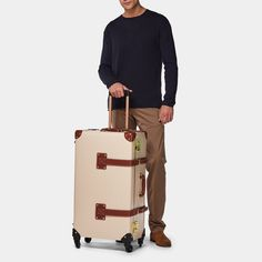 The Diplomat - Cream Check In Spinner – Steamline Luggage Bonded Leather, Leather Handle, Leather Case, Tan Leather, Luggage Sizes, Luggage Case, Leather Suitcase, Leather Luggage, Hanging Travel Organizer