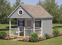 Tips and inspiration for a charming and cute child's playhouse via Remodelaholic.com #buildachildrensplayhouse
