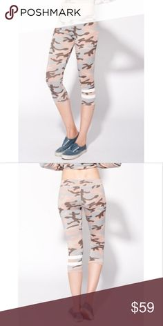 8bb65a729ceee Sundry Camo Capri Yoga Pant Sz 2 Medium STRIPES CAPRI CAMO YOGA PANT New  with Tags