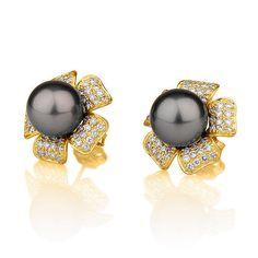 Flower Shape Pearl & Diamonds Stud Earrings, 14K Yellow Gold Earrings With Black Pearl, Bridal Jewelry, Bridesmaid Jewelry, Wedding Jewelry
