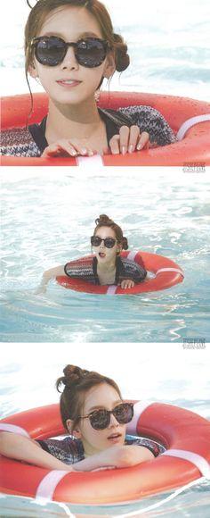 SNSD Girls' Generation photo book SNSD in Las Vegas Taeyeon 2014 photobook