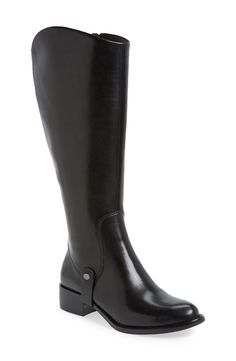 Black riding boot perfection.