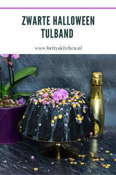 Zwarte Halloween Tulband • Betty's Kitchen Halloween Cakes, Marshmallow, Special Occasion, Cookies, Desserts, Crack Crackers, Tailgate Desserts, Deserts, Biscuits