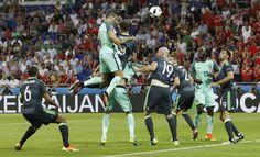Euro 2016   Fotogaleria de um golo incrível: o voo extraordinário de Ronaldo