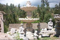 Conozca el antiguo arte de los picapedreros de Cajamarca.  En un pueblo pequeño de la región de Cajamarca, los llamados artesanos de Huambocancha muestran su arte de esculpir en piedra, granito y marmolina. Las grandes esculturas son fáciles de reconocerlas por sus grandes dimensiones que se aprecian desde la carretera.