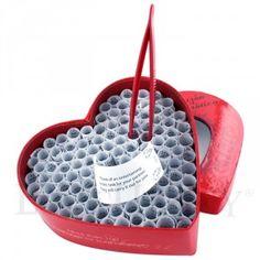Muchas cartitas en una caja de corazón #Ideas #SanValentin