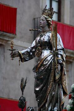 13-12-2014 saturday.Celebrating Santa Lucia day in Italy. Auguri di Buon Onomastico a tutte le Lucia !!!  Santa Lucia, il giorno più corto che ci sia.