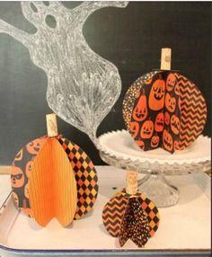 Scrap paper pumpkins