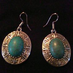 Gorgeous earrings NWOT Gorgeous turquoise center stone. Jewelry Earrings