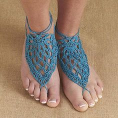 Bermuda Barefoot Sandals - Free Crochet Pattern by Rae Blackledge for Willow Yarns.