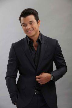 I love Jericho Rosales! Jericho Rosales, Pinoy Hunks, Fashion Models, Mens Fashion, Black Sea, Good Looking Men, Asian Boys, Best Actor, Mens Suits