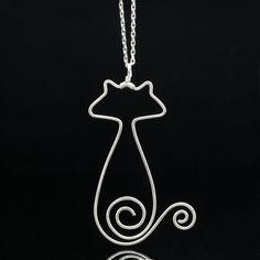 Sterling silver cat pandant necklace Free US por AnniDesignsllc