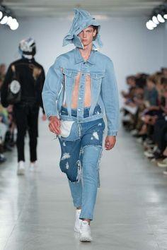 Christopher Shannon Spring 2017 Menswear Fashion Show Men Fashion Show, Winter Fashion Outfits, Denim Fashion, Runway Fashion, Fashion Trends, Christopher Shannon, Vogue Paris, Denim Outfit, Jeans Style