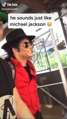 Memes Discover Michael is that you? Funny Video Memes, Crazy Funny Memes, Funny Short Videos, Really Funny Memes, Stupid Funny Memes, Wtf Funny, Funny Laugh, Funny Relatable Memes, Funny Cute
