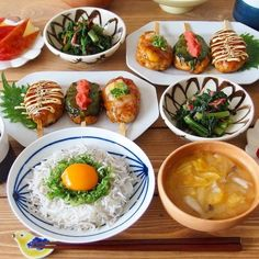 Cooking Sushi, Yummy Noodles, Asian Recipes, Healthy Recipes, Japanese Dishes, Japanese Food, Eat This, Food Combining, Food Places