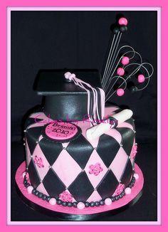 pink graduation cake for pink summer #2012