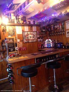 The Drunken Duck, Cabin/Summerhouse from Garden owned by Frankie & Susan #shedoftheyear @@duck_newcastle