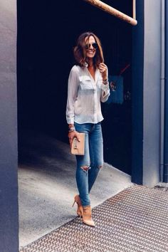 Weiße Bluse kombinieren: Sexy mit Skinny Jeans