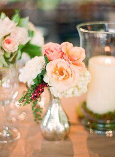 Peach flowers in metallic bud vases #wedding #floral #centerpiece