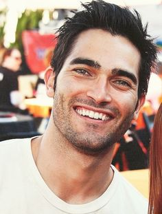 Tyler Hoechlin ~ IDK what it is about his smile but it's almost contagious!