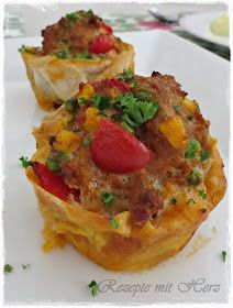 These hack muffins are perfect for the party buffet, but also for the party . Seafood Buffet, Seafood Dinner, Pizza Recipes, Baking Recipes, Party Buffet, Seafood Appetizers, Birthday Brunch, Le Diner, Healthy Muffins