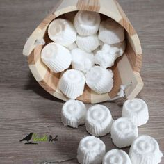 After the toilet tabs I have now made dishwasher tabs. - After the toilet tabs I have now made dishwasher tabs. So far I have tested them with 3 different m - Simple House, Clean House, Wc Tabs, Dishwasher Tabs, Belleza Diy, Genius Ideas, Homemade Cosmetics, Natural Cleaners, Natural Cleaning Products