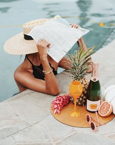 I will take all the poolside drinks Pool Photography, Inspiring Photography, Flash Photography, Photography Tutorials, Beauty Photography, Creative Photography, Digital Photography, Portrait Photography, Summer Vibes