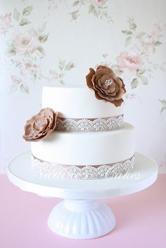 Simplicity in white and latte by Nadine's Cakes