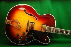 Guild X500 Electric Guitar Archtop Guitar, Bass Guitars, Acoustic Guitars, Guild Guitars, 12 String Guitar, Jazz Guitar, Beautiful Guitars, Guitar Design, Classical Guitar
