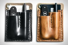 With a Hitch & Timber Card Caddy, every stitch and pocket has a purpose. Aside from a slot to stash up to six cards and some cash, the wallet can also handle the rest of your EDC with a compartment...