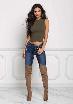 Pin by manuel v. on women in jeans in 2019 fashion boots, sexy jeans, fall Estilo Fashion, Ootd Fashion, Fashion Boots, Girl Fashion, Fashion Outfits, Womens Fashion, Fashion Black, Fashion Ideas, Sexy Outfits