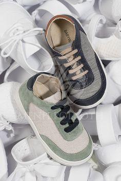 Παπούτσια βάπτισης περπατήματος για αγόρι Babywalker δετό sneakers από  ύφασμα και δέρμα 0a053a9f137