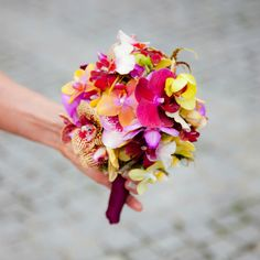 orchid beach wedding bouquet